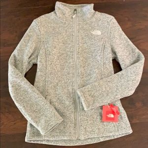 NWT The North Face Gray Slim Fit Sweater Jacket S